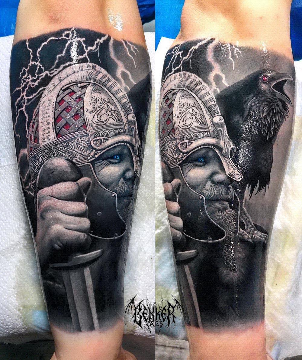 Ritter mit Schwert und dem Adler auf der Schulter Tattoo