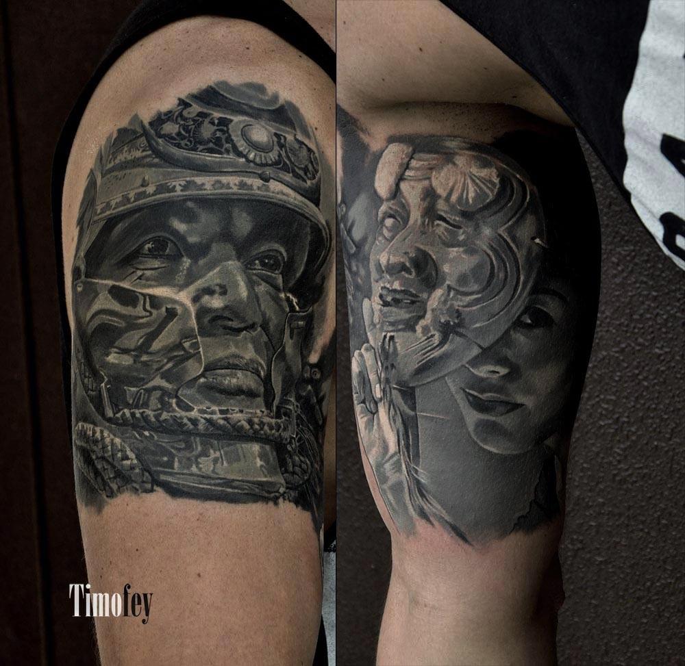 Gesicht von einem Mann mit einem Helm und ein Gesicht von einer Person mit einer Maske Tattoo