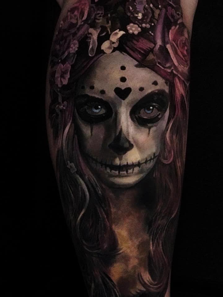 Totenbemalung einer Frau Tattoo