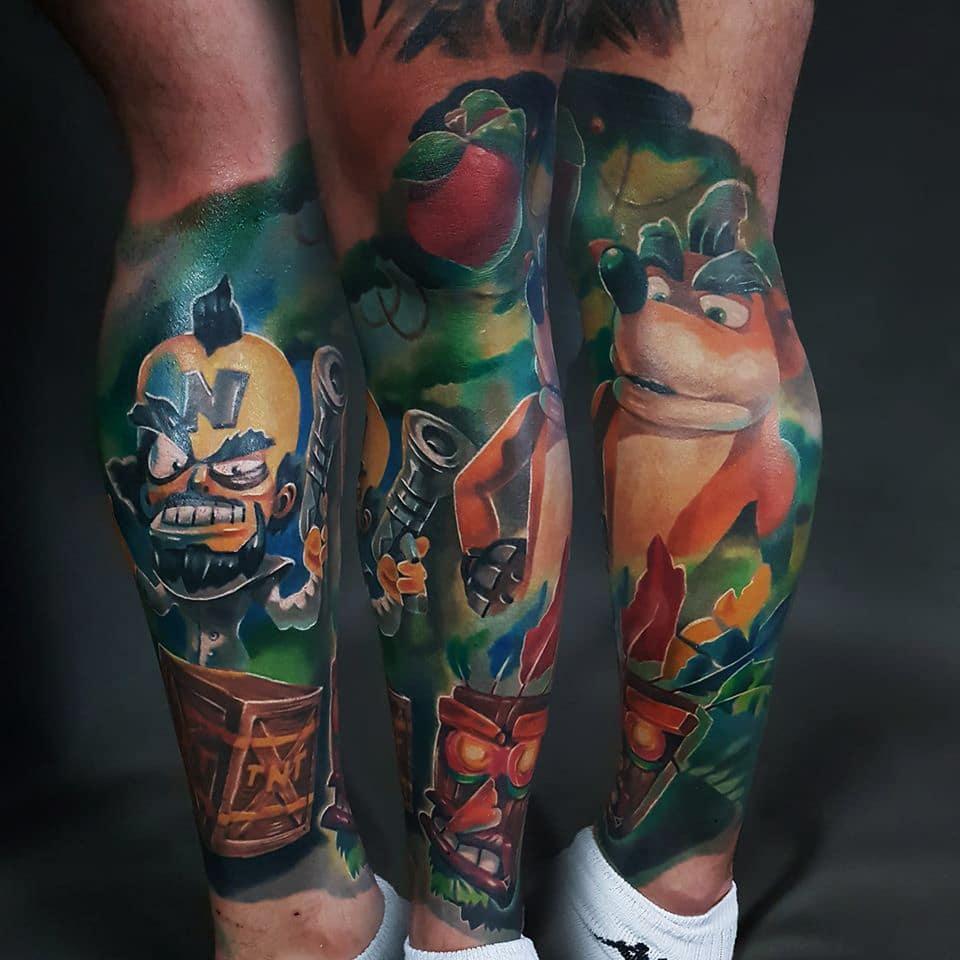 Tattoo mit einem Fuchs und einer Bösewichts Figur