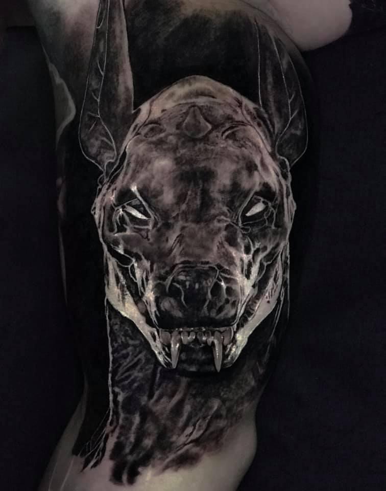 Tier Tattoo in Schwarz weiß